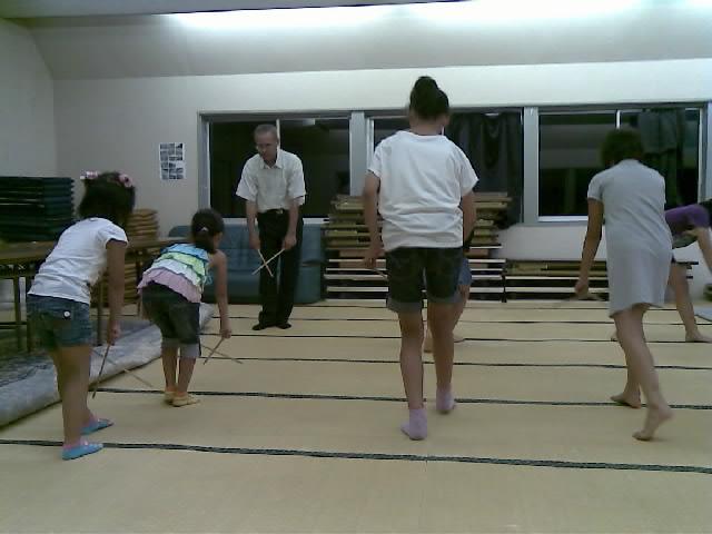 稚児舞い練習